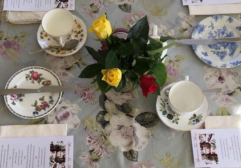 https://www.airfield.ie/wp-content/uploads/2019/02/Afternoon-Tea-Set-Up-Airfield-Estate-min.jpg
