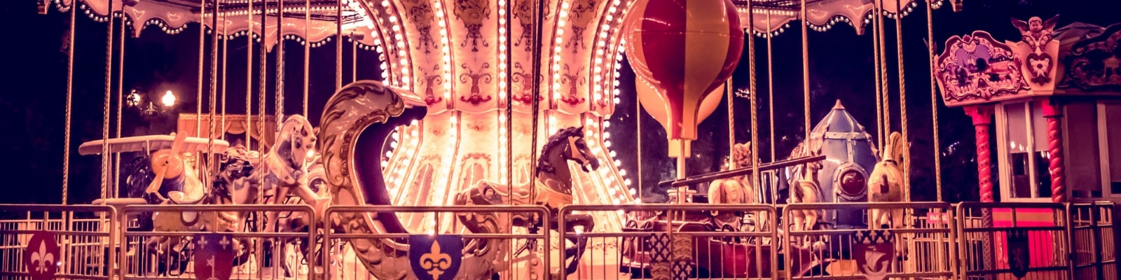 https://www.airfield.ie/wp-content/uploads/2019/08/Victorian-Carousel-at-Airfield-Estate-min.jpg