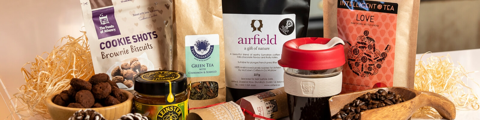 https://www.airfield.ie/wp-content/uploads/2019/10/Coffee-Lovers-Hamper-from-Airfield-Estate-1.jpg