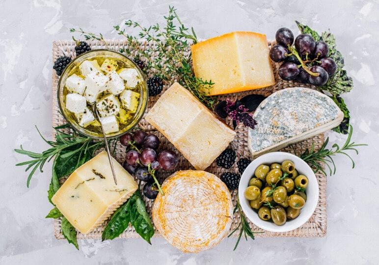 https://www.airfield.ie/wp-content/uploads/2020/02/Cheese-Tasting-workshop-IK-1.jpg